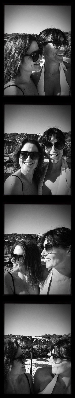 Manu y Raquel tira fotos_small