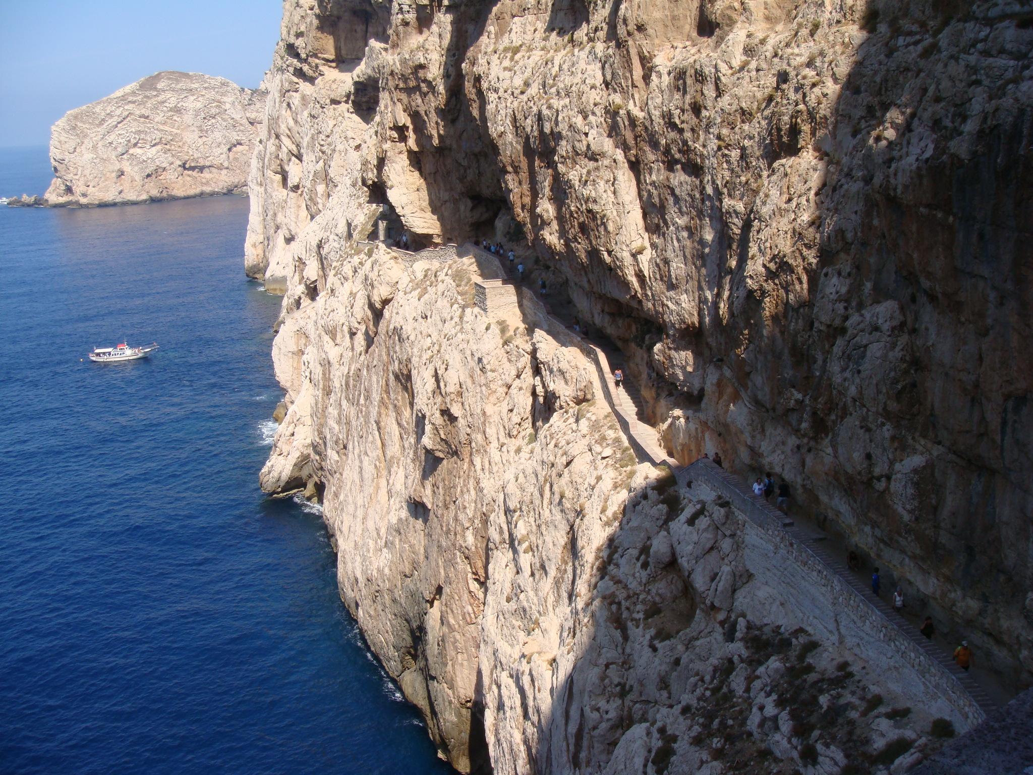 grotta-di-neptuno-alghero-acceso2