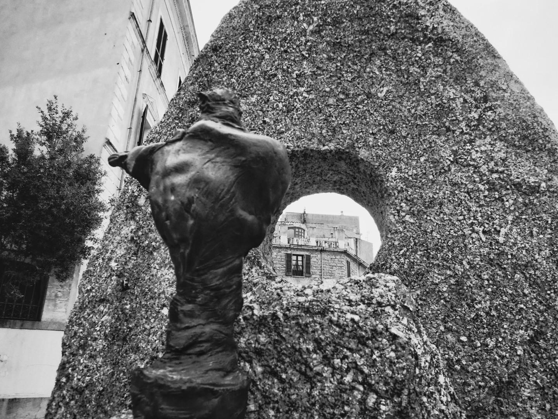 Nuoro sculture di Nivolajpeg_phixr