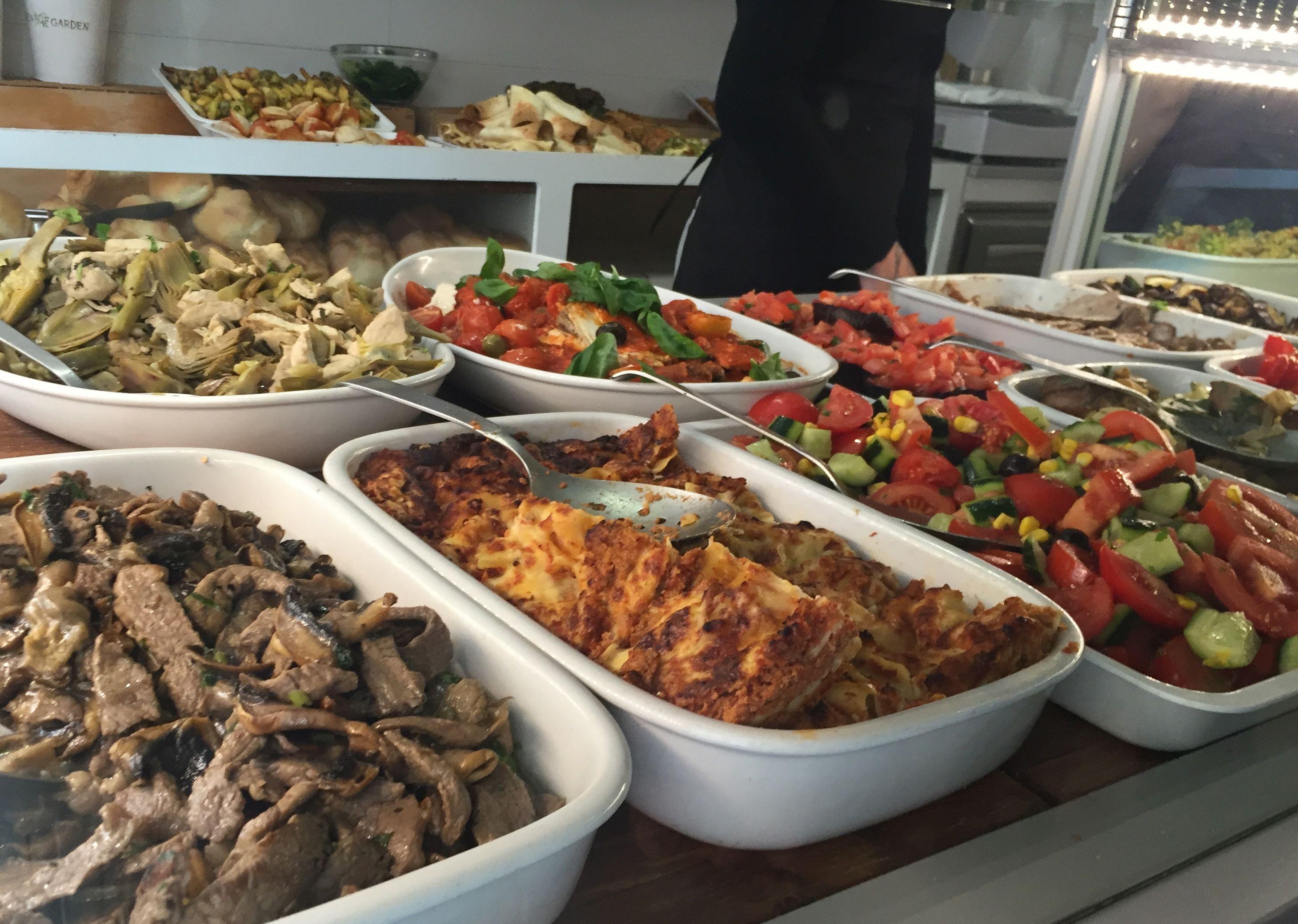 Buffet Italiano Cagliari : Coccodi il dolce e il salato in cagliari sardinia